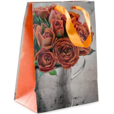 Lahjakassi Oranssit ruusut West