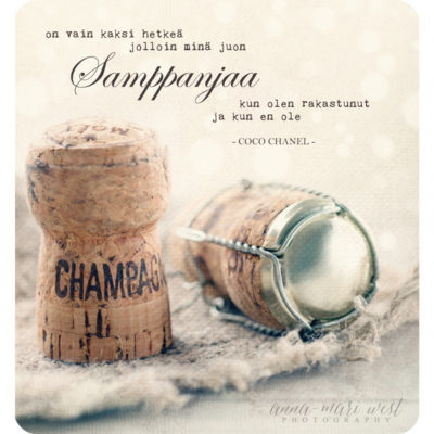 Samppanjan-kaksi-hetkeä